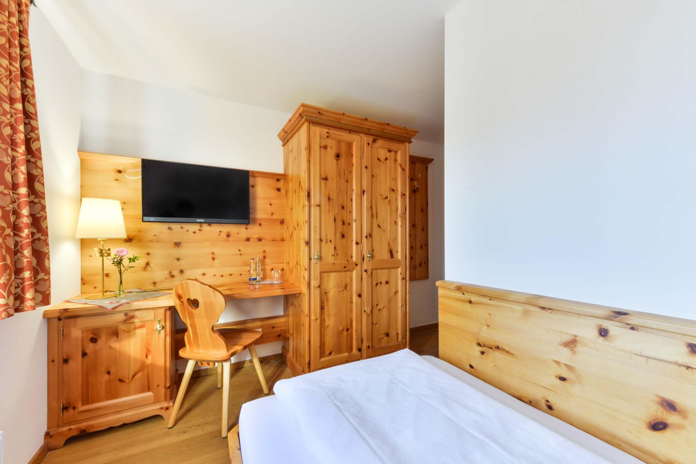 Einzelzimmer/ Familienzimmer Landgasthof zum Erdinger Weißbräu
